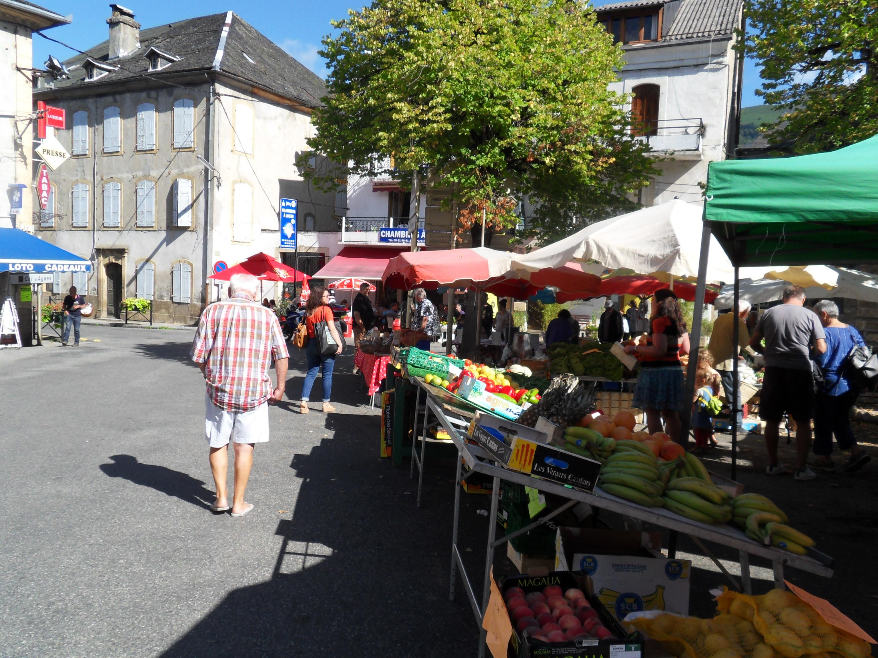 A Massat… un bien sympathique petit marché