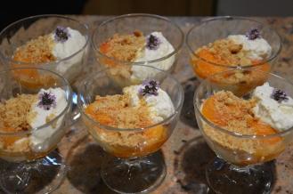 Abricots rôtis et mousse au miel