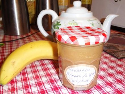 Confiture banane/rhubarbe/citron