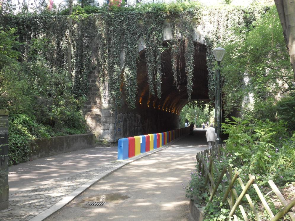 Anciens tunnels du chemin de fer