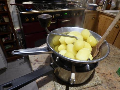 on mouline les pommes de terre
