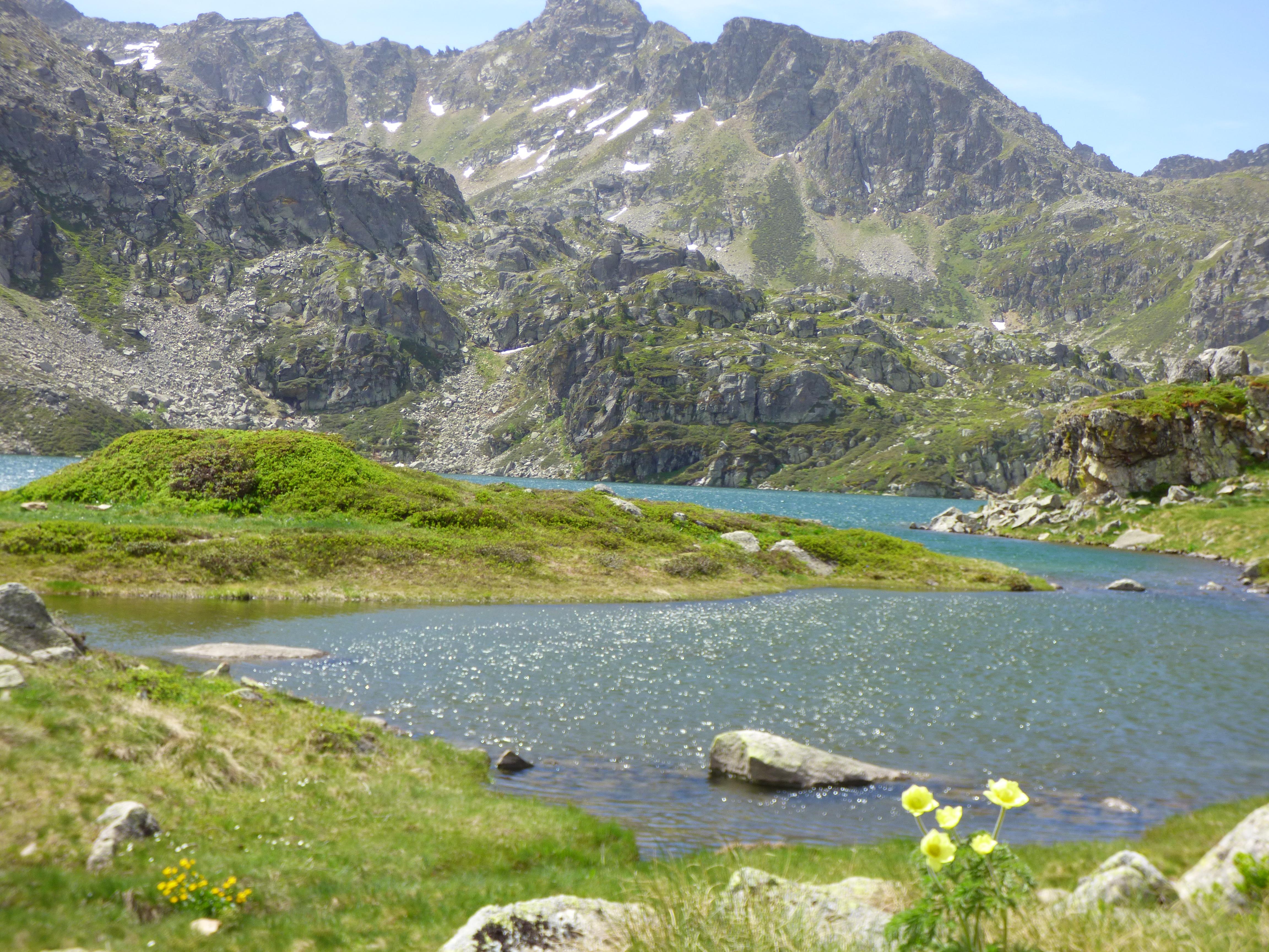 L'Ariège et ses beaux étangs de montagne.